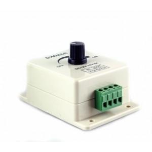 LED dimmer för DC 12V/24V 8A